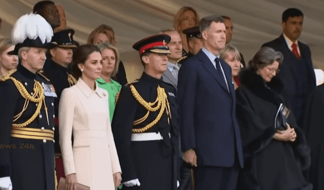 Kate Middleton  in elegant creamy suit  during Beating Retreat Ceremony.| Photo: YouTube/ TV News 24h.