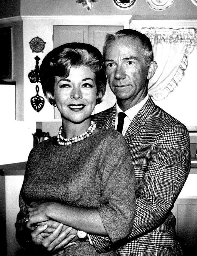 """Ray Walston as Uncle Martin and Pamela Britton as Mrs. Brown from the television program """"My Favorite Martian,"""" circa 1960s. 