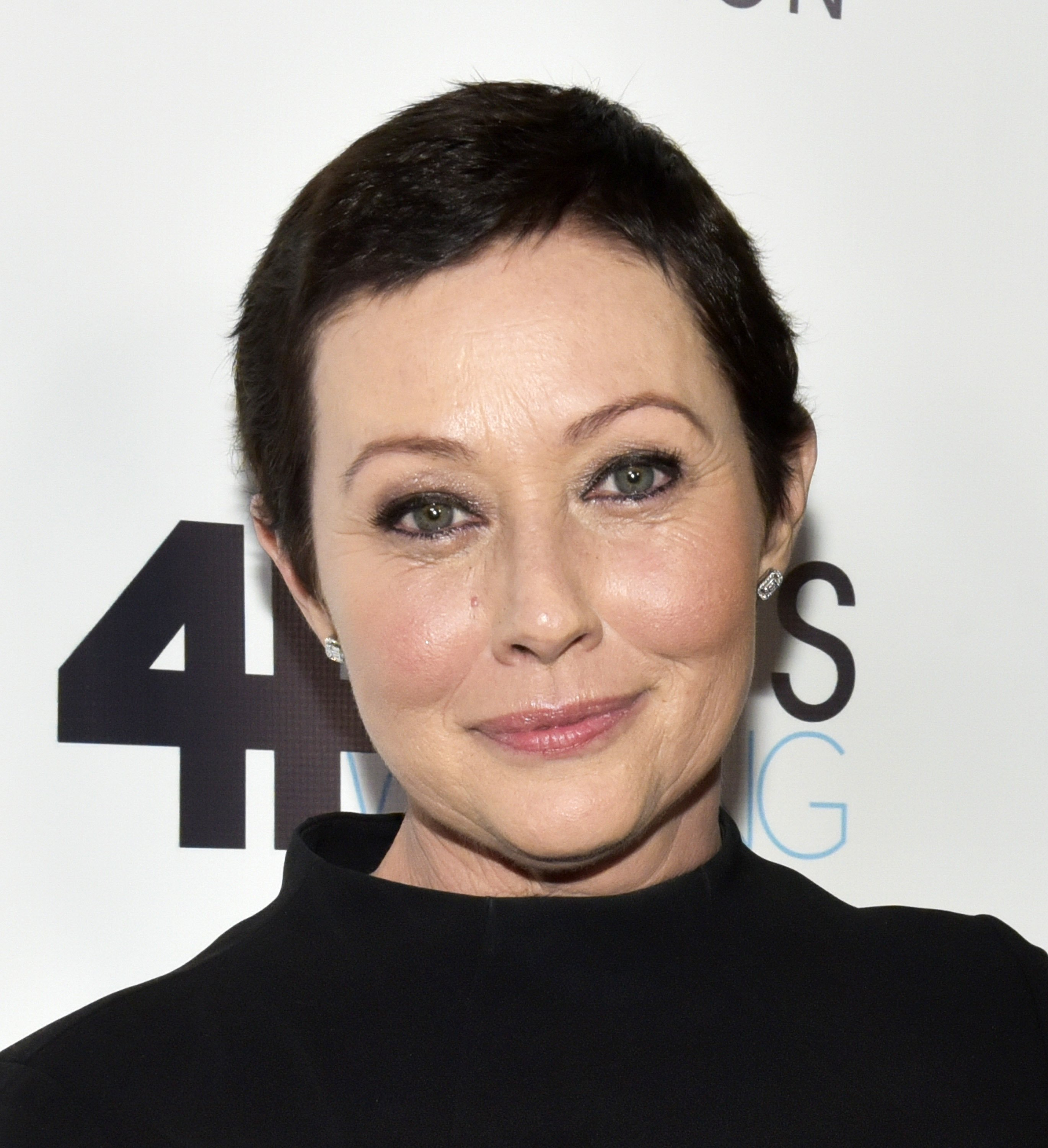 Shannen Doherty at the Animal Hope and Wellness Foundation's 1st annual Gratitude Gala at W Hollywood on March 4, 2017 in Hollywood, California   Photo: Getty Images