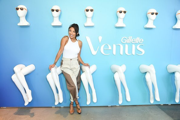 Jeannie Mai at Amazon's Treasure Truck Electric Beauty Pop Up Experience with Jeannie Mai in Glendale, California.| Photo: Getty Images.
