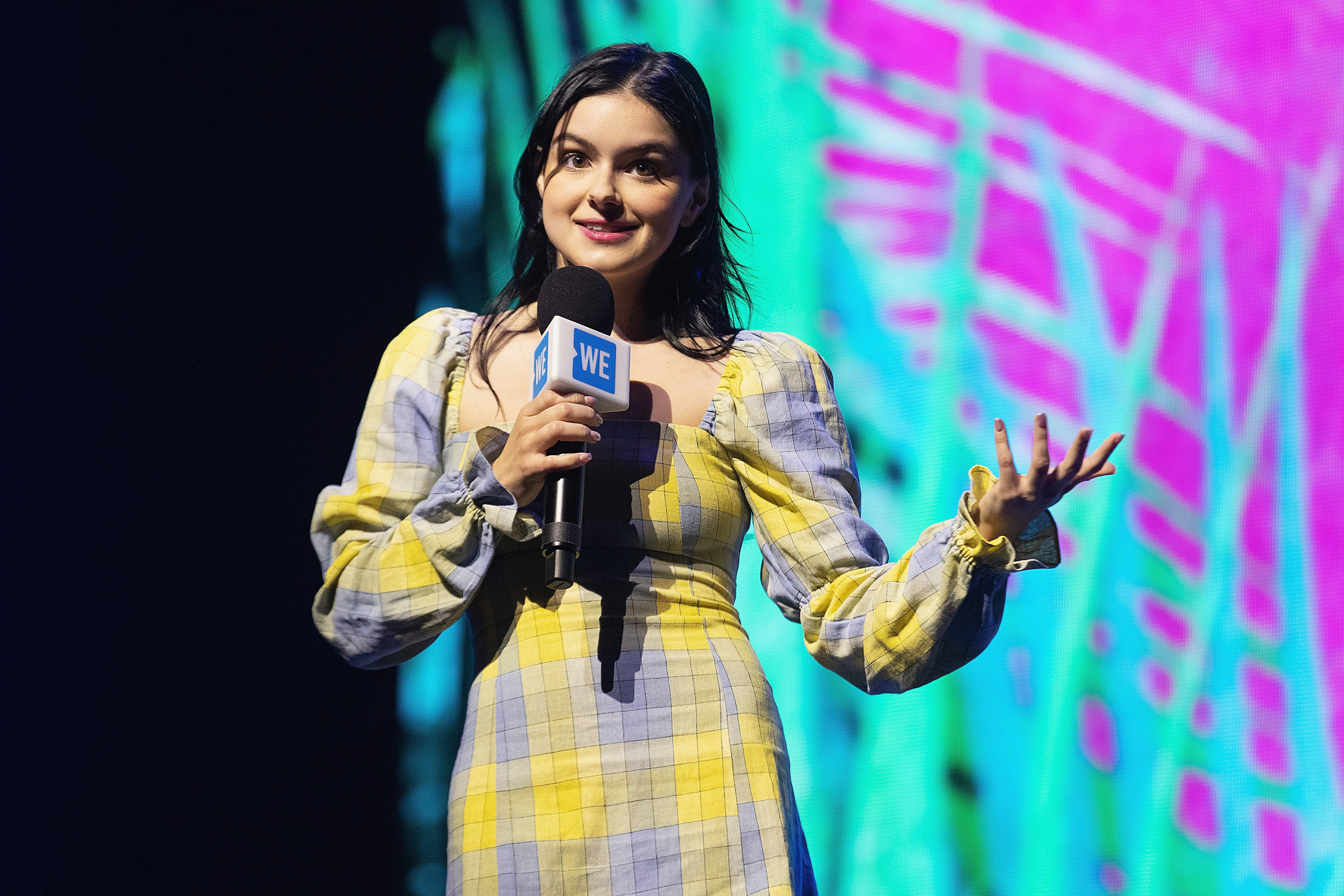 Actress Ariel Winter speaks on stage during WE Day at Tacoma Dome on April 18, 2019 in Tacoma, Washington. | Photo: GettyImages