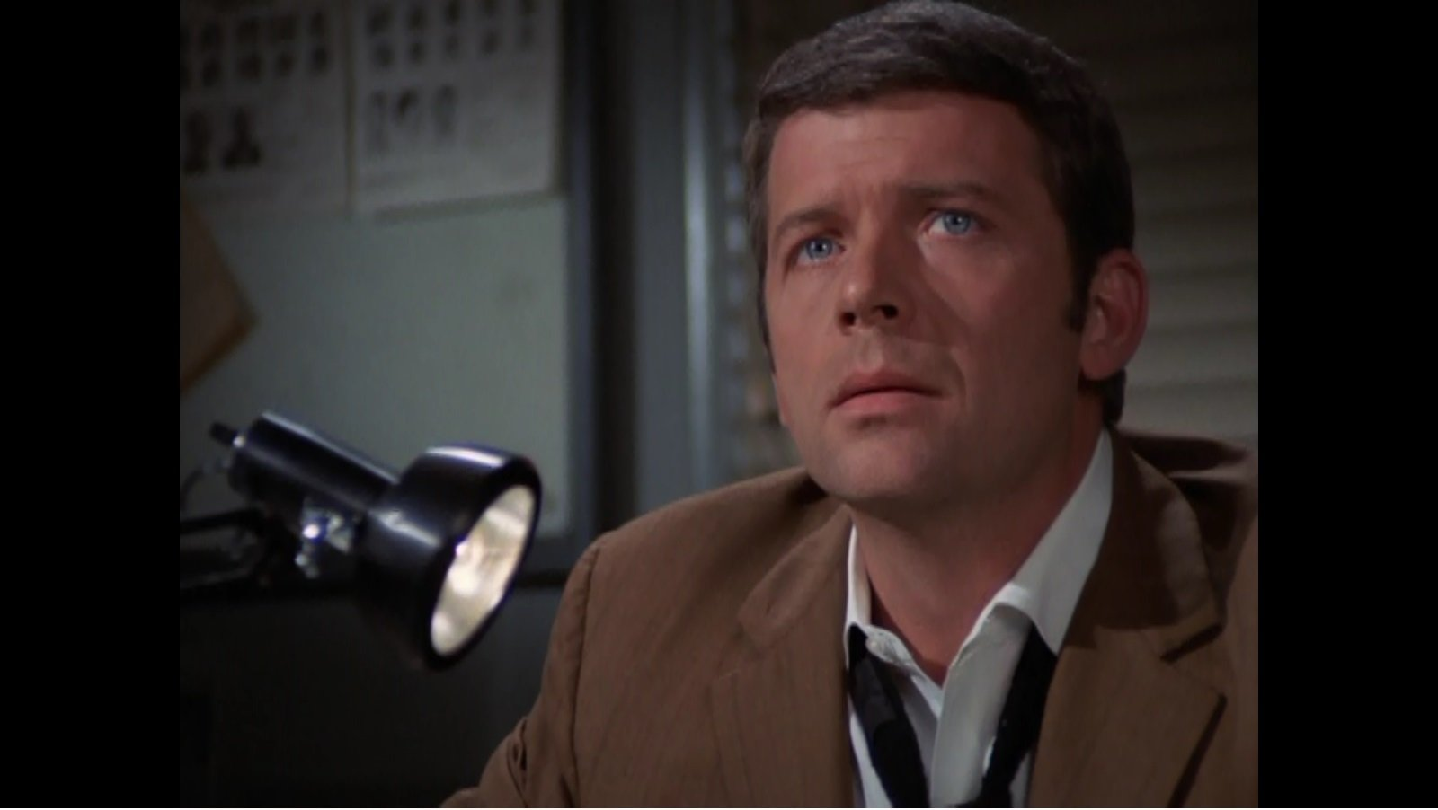 Robert Reed in Mannix, 1969. Image Source: CBS. YouTube/Movieclips