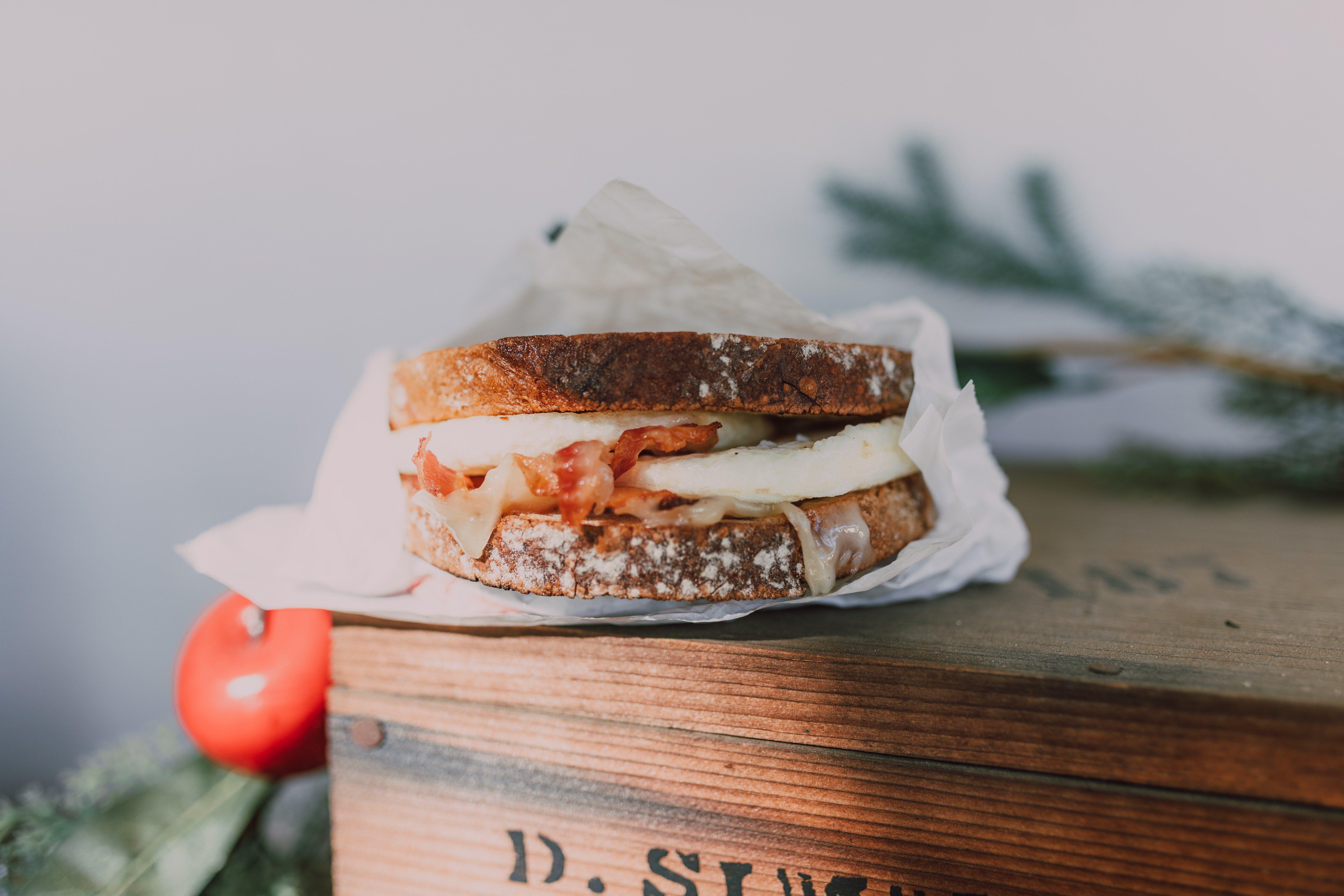Mark had no idea where his missing sandwich was. | Photo: Pexels/RODNAE Productions