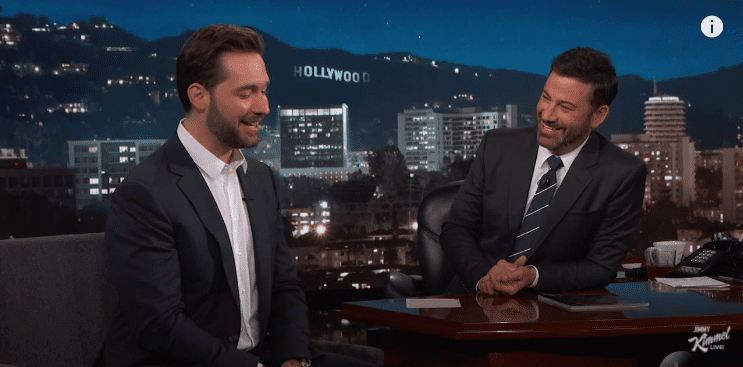 Alexis Ohanian discussing Williams' pregnancy with Jimmy Kimmel in 2017. | Photo: YouTube/jimmykimmel