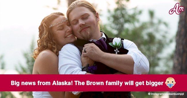 'Alaskan Bush People' Noah Brown's wife is pregnant with their first child together