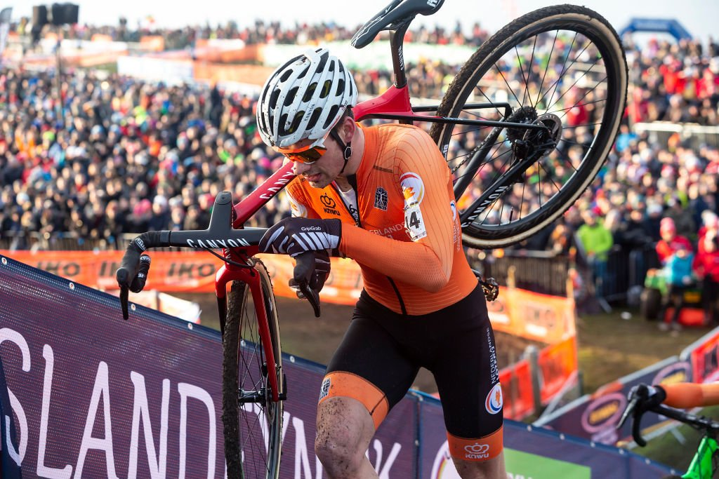 David van der Poel participe au Championnat du monde Cyclo-cross UCI 2019 | Getty Images