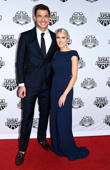 Nathan Adrian and Hallie Ivester pose during Golden Goggle Awards on November 24, 2019 in Los Angeles, California.  | Photo: Getty Images