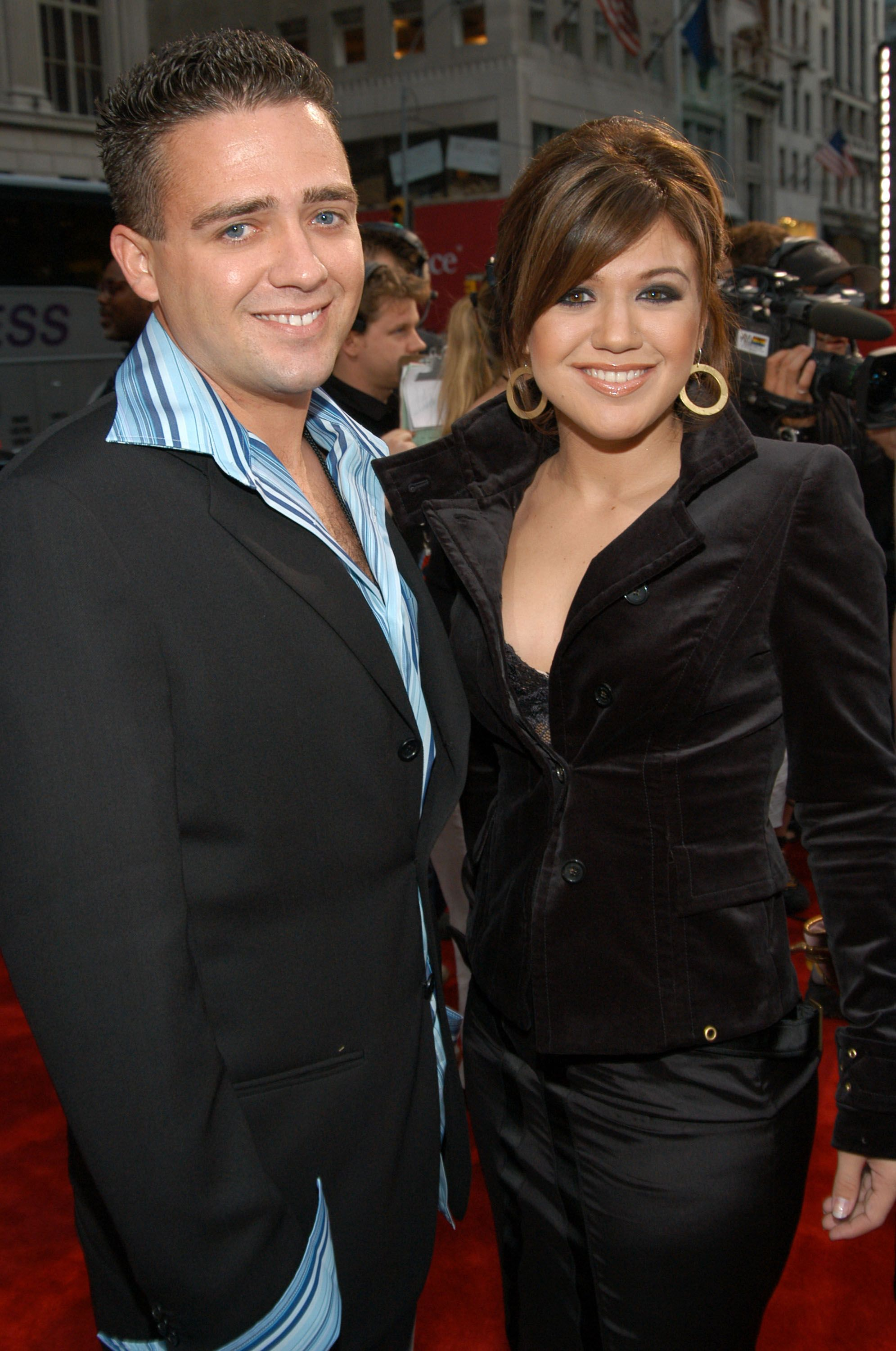 Jason Clarkson and Kelly Clarkson at the Radio City Music Hall in New York City,2003| Photo:Getty Images