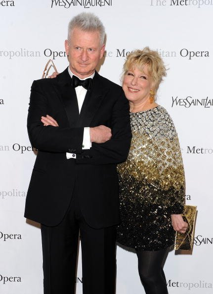 Bette Midler and Martin von Haselberg at The Metropolitan Opera House on April 12, 2010 in New York City | Photo: Getty Images
