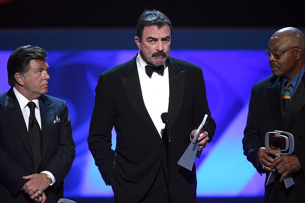 """Larry Manetti, Tom Selleck, and Roger E. Mosley accept the Hero Award for """"Magnum P.I."""" at the 7th Annual TV Land Awards on April 19, 2009 