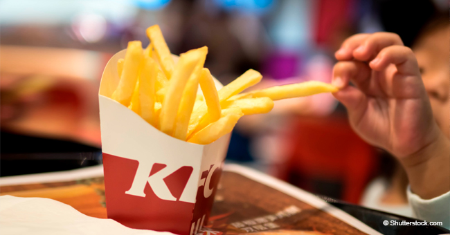 Terrified Dad 'Burst into Tears' after Finding White Pills in His Toddler Daughter's KFC Meal
