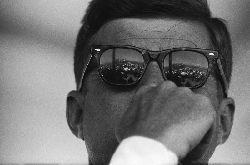 John F. Kennedy on August 18, 1962 on the Pacheco Pass between Los Banos and Gilroy, California | Photo: Getty Images
