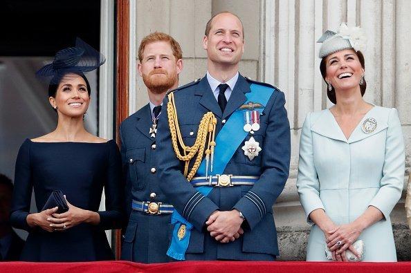 Die Royals auf dem Balkon | Quelle: Getty Images