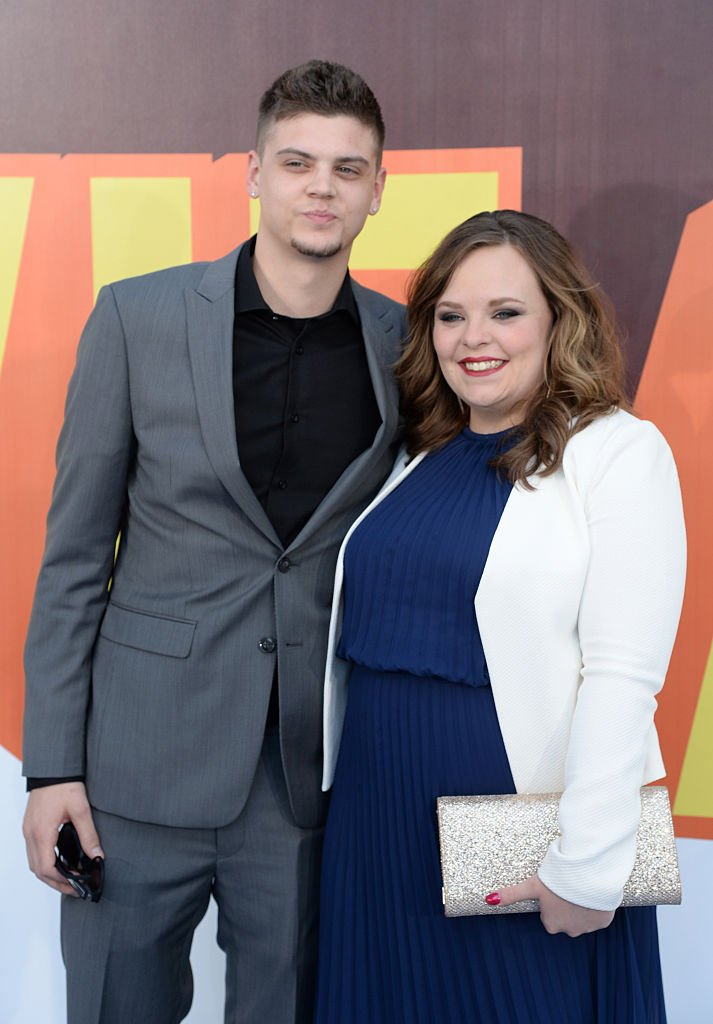 TV personalities Tyler Baltierra and Catelynn Lowell attend The 2015 MTV Movie Awards at Nokia Theatre L.A. Live on April 12, 2015 | Photo: Getty Images