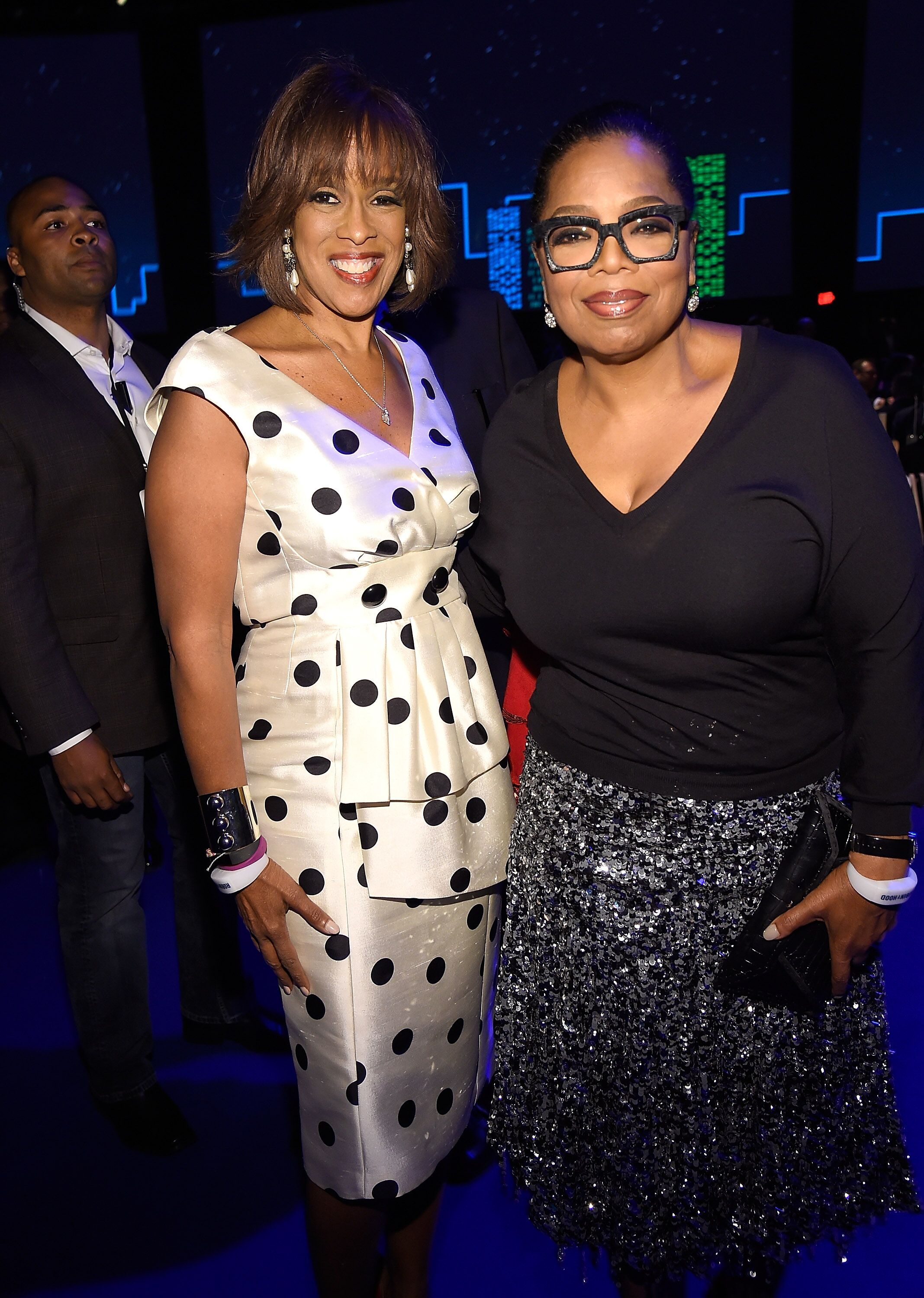 Gayle King and Oprah Winfrey at The Robin Hood Foundation's 2016 Benefit. | Source: Getty Images