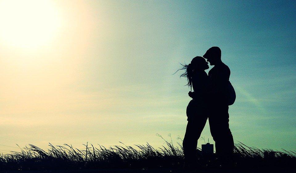 Un couple heureux. l Source: Pixabay