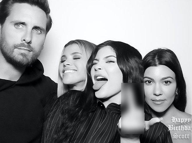 Scott, Sofia, Kylie Jenner, and Kourtney Kardashian posing together during Scott's birthday party | Source: Instagram/sofiarichie