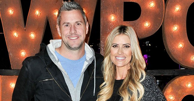 ET Online: Christina Anstead's Friends Advised Her to Take Romance with Ant Slow, a Source Says