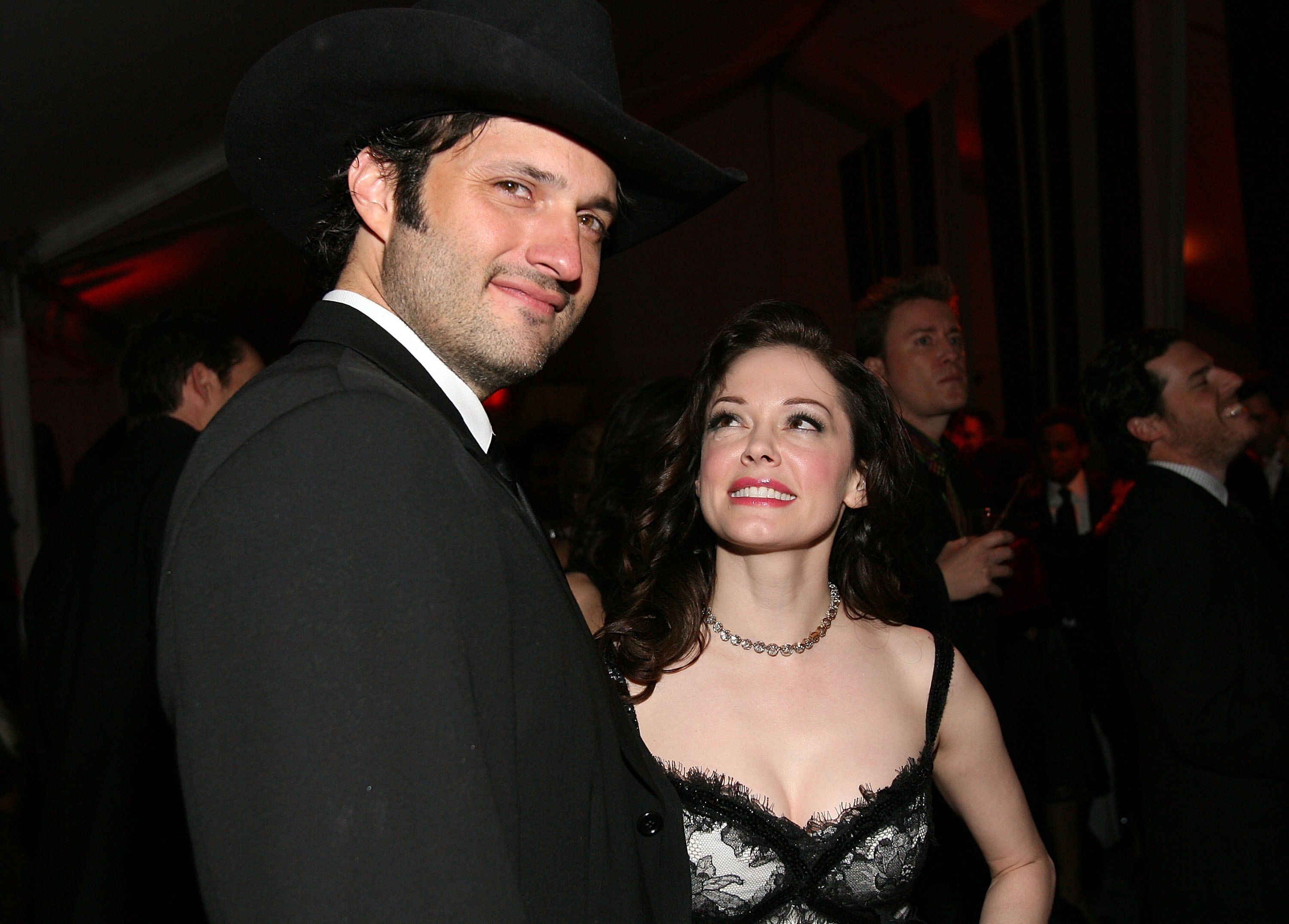 Robert Rodriguez and Rose McGowan at the Weinstein Company's 2007 Golden Globes After Party in 2007 in Beverly Hills | Source: Getty Images