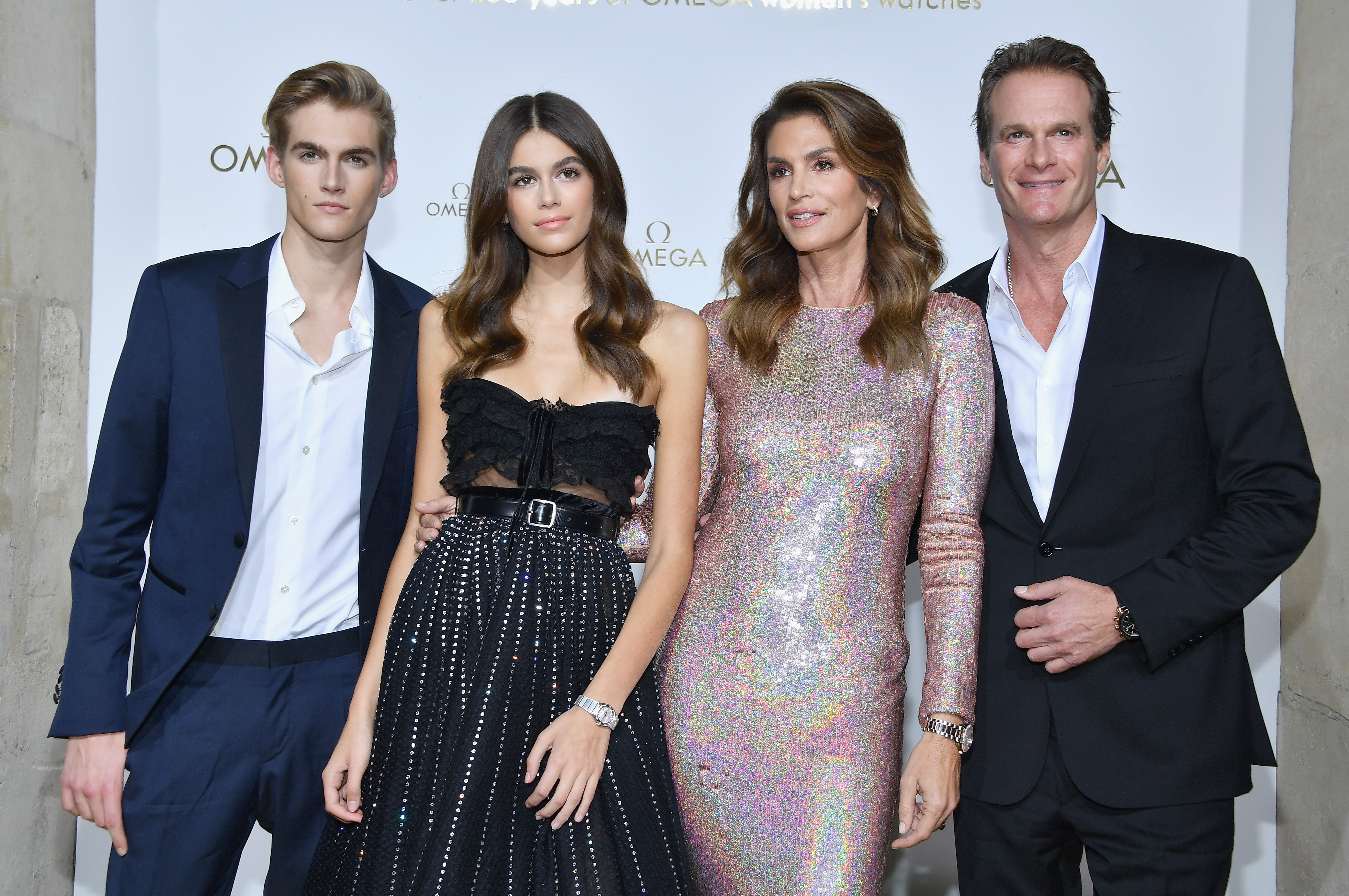 """Presley Gerber,Kaia Gerber,Cindy Crawford and Rande Gerber attend """"Her Time"""" Omega Photocall on September 29, 2017, in Paris, France. 