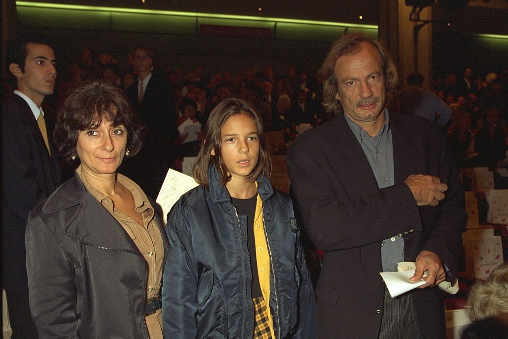 Patrick Chesnais, Josiane Stoléru et leur fille le 19 octobre 1997. l Source : Getty Images