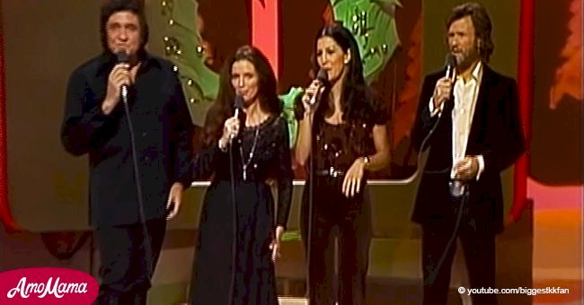 Flashback of Johnny Cash & Kris Kristofferson's 'Christmas Time's a-Comin' we will never forget