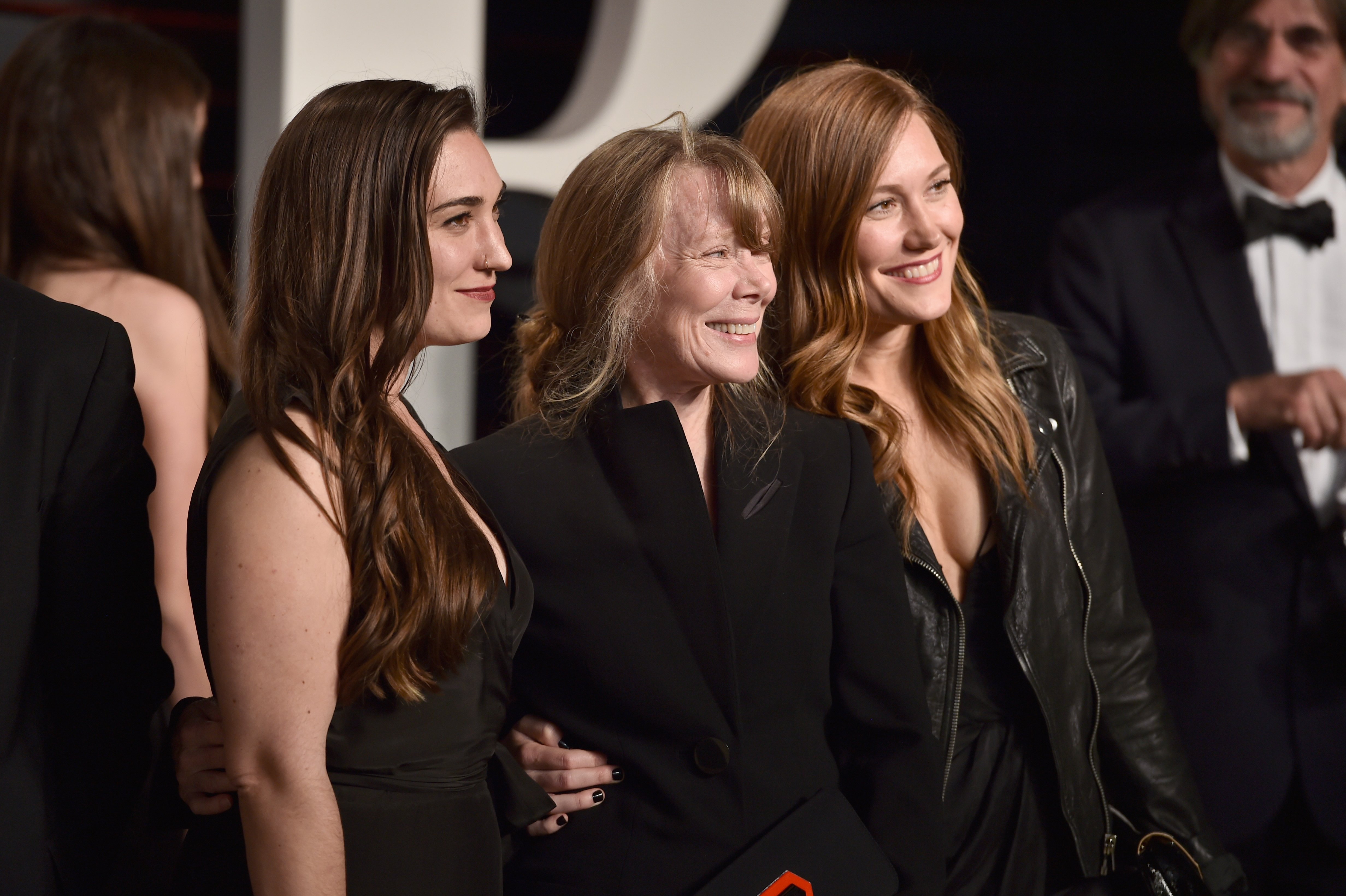 Madison Fisk, Sissy Spacek and Schuyler Fisk attend the 2016 Vanity Fair Oscar Party Hosted By Graydon Carter at the Wallis Annenberg Center for the Performing Arts on February 28, 2016, in Beverly Hills, California. | Source: Getty Images.