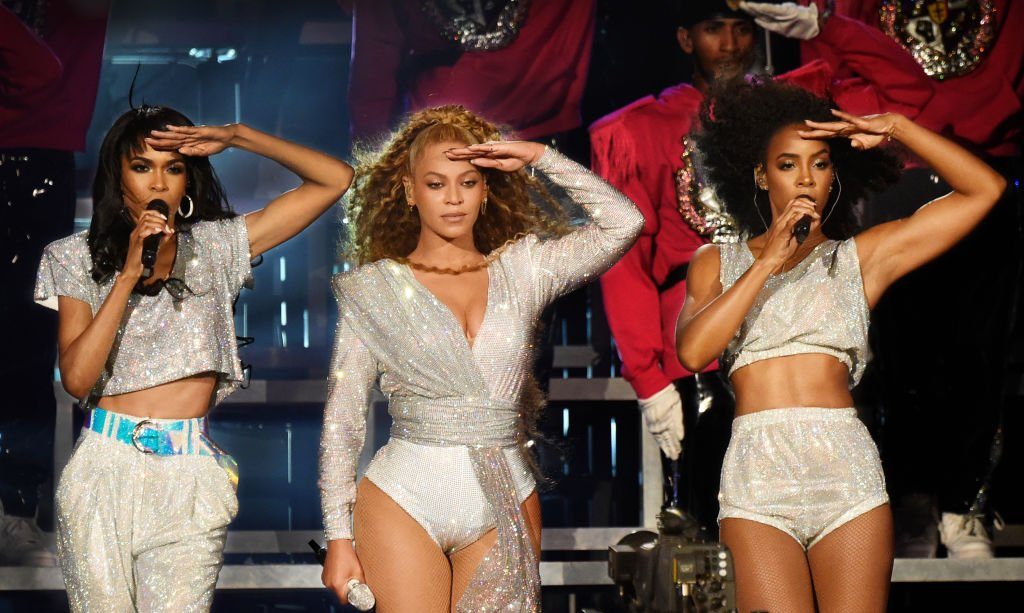 Michelle Williams, Beyonce Knowles and Kelly Rowland of Destiny's Child perform onstage during the 2018 Coachella Valley Music And Arts Festival| Photo: Getty Images