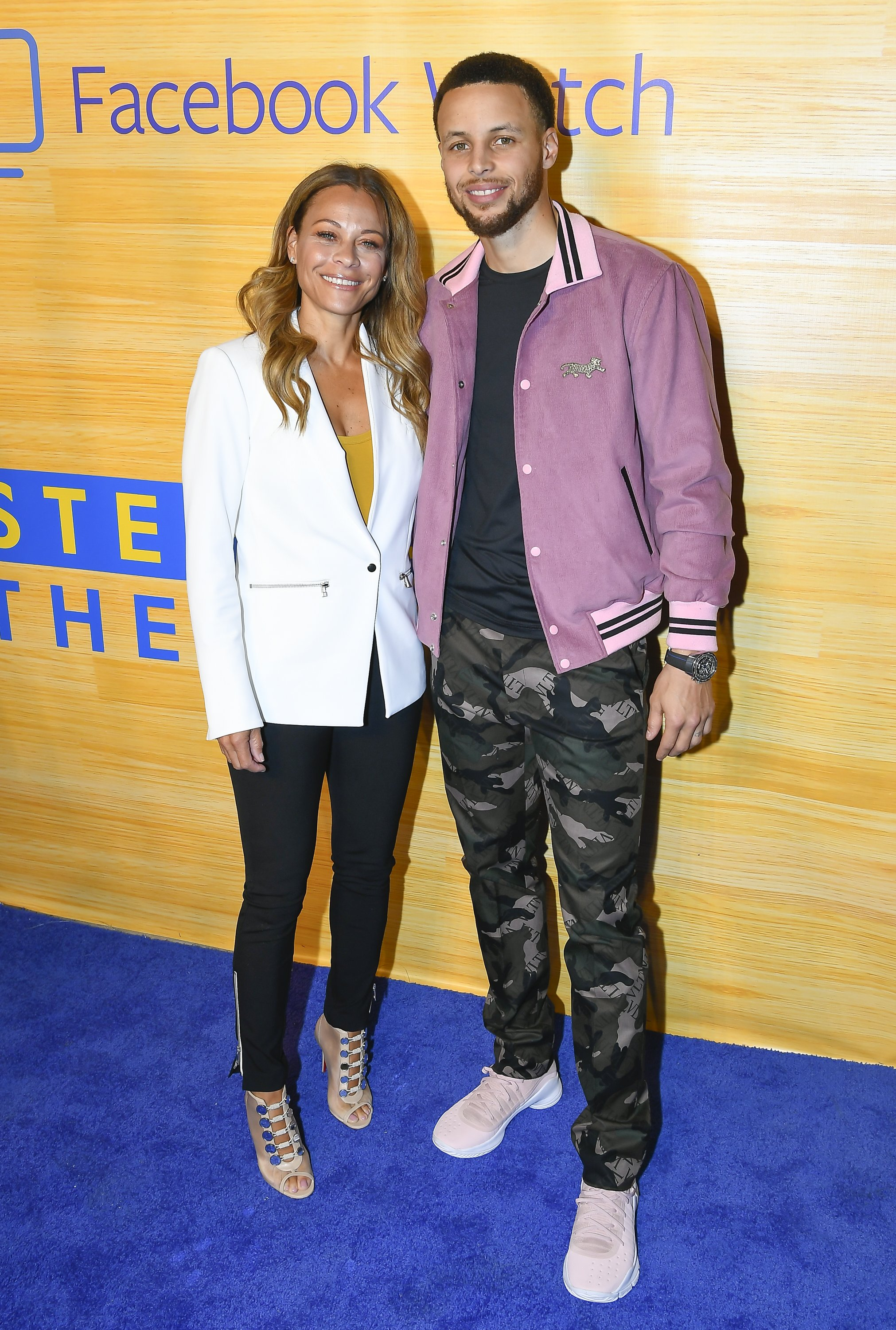 Steph Curry S Mom Sonya Curry Is A Teacher And Great Inspiration To Him