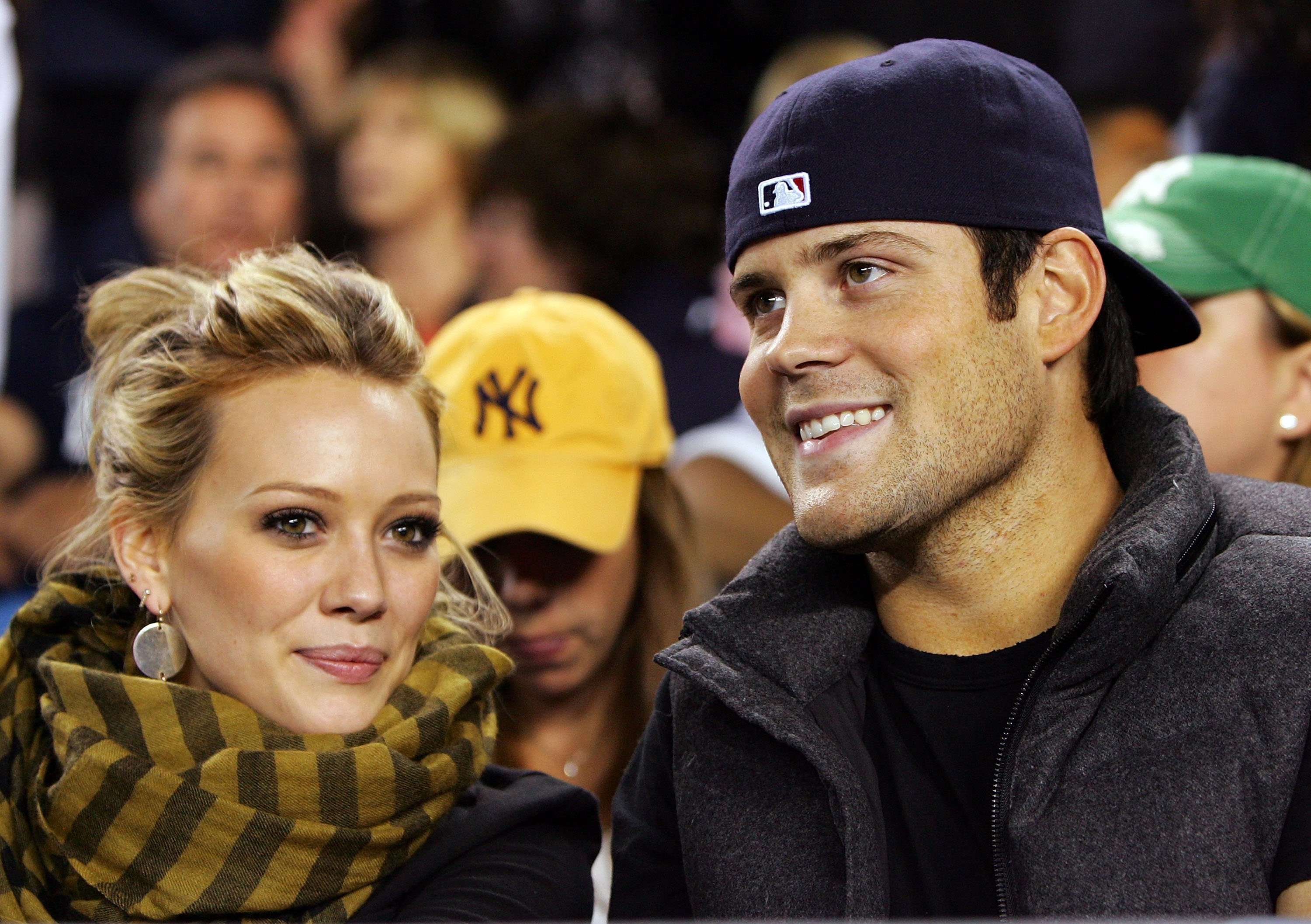 Hilary Duff and Mike Comrie attend the game on September 16, 2008 at Yankee Stadium. | Source: Getty Images.