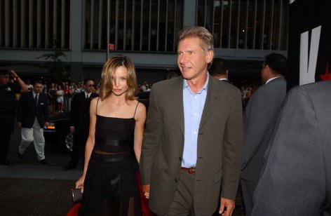 Harrison Ford and Calista Flockhart at the Ziegfeld Theater in New York City on July 17, 2002| Photo: Getty Images