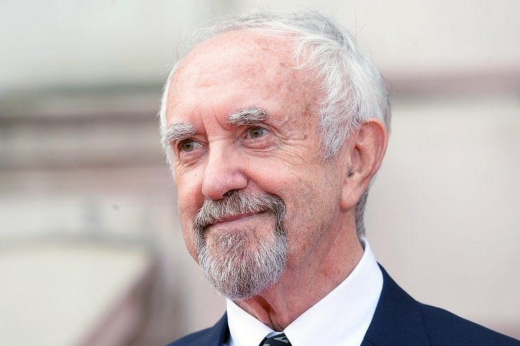 Jonathan Pryce on August 9, 2018 in London, England | Photo: Getty Images