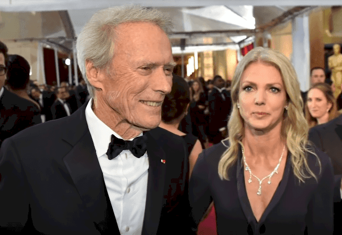 Clint Eastwood y su esposa Dina / Créditos de imagen: Youtube/Nicki Swift