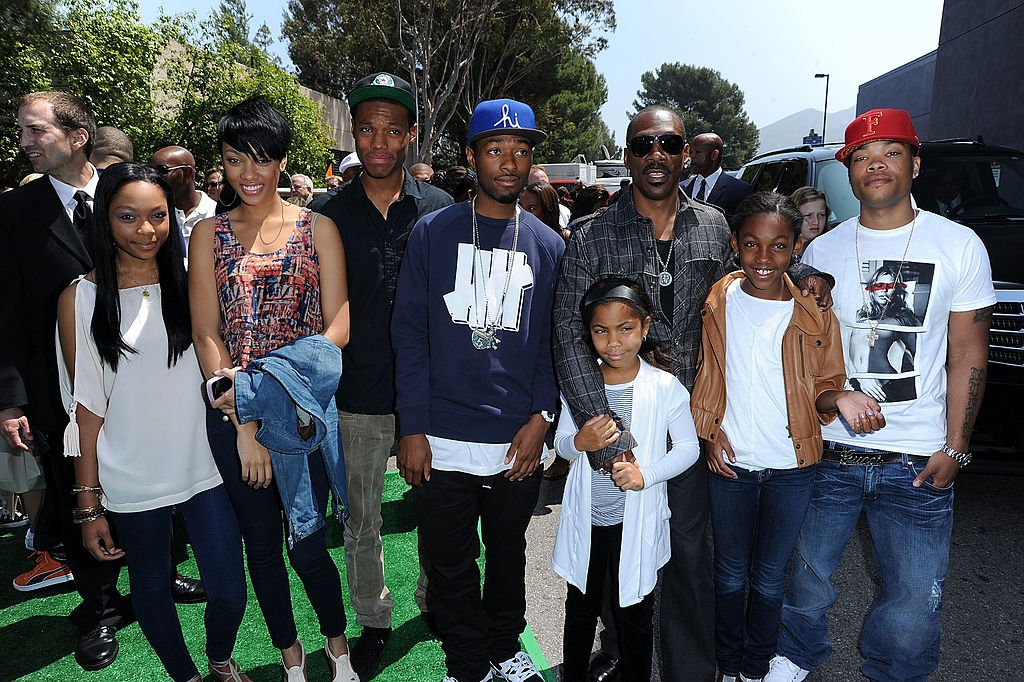 """Eddie Murphy and his kids at the premiere of  """"Shrek Forever After"""" in Universal City, California, 2010   Source: Getty Images"""