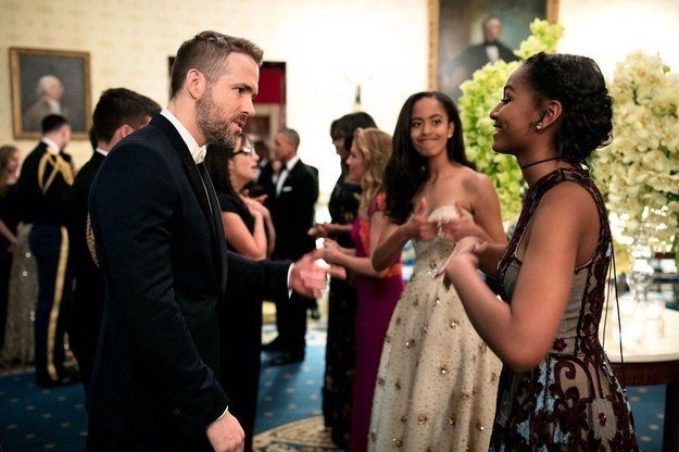 Sasha Obama meets Ryan Reynolds at the State Dinner held in honor of Canadian Prime Minister Justin Trudeau on March 10, 2016 l Source: Twitter l BuzzFeed