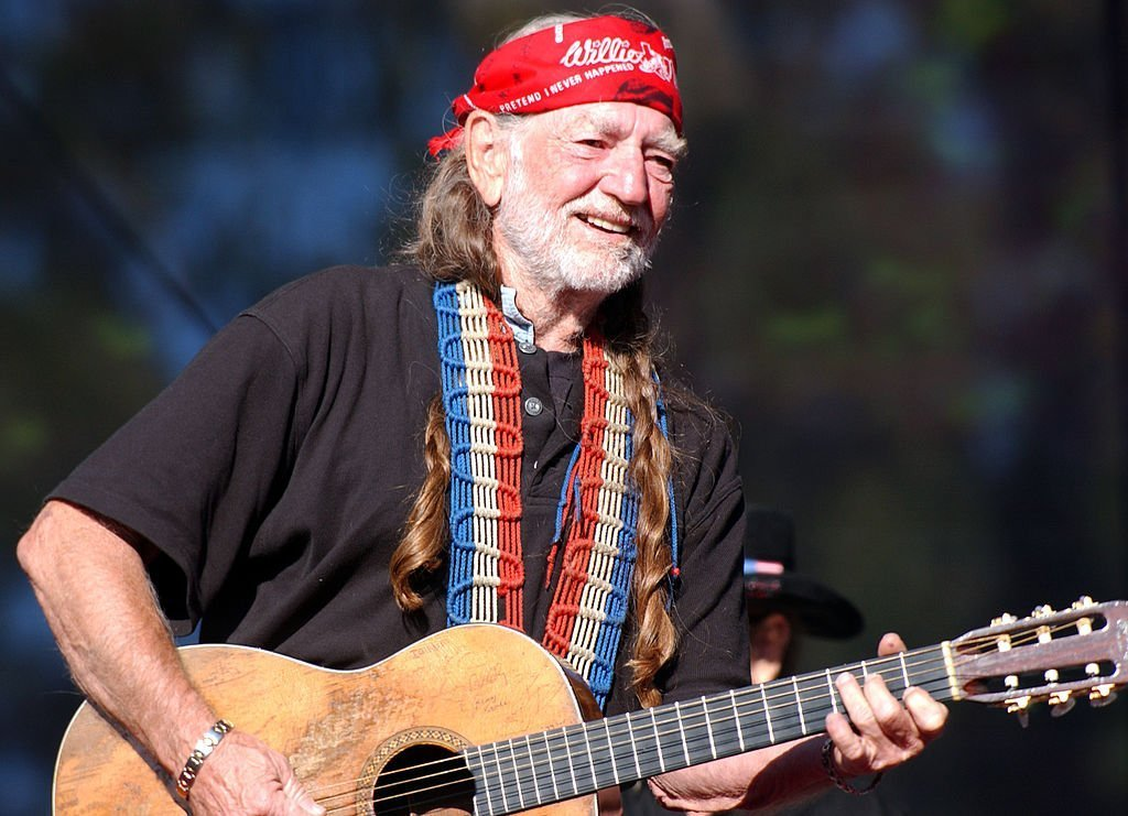Willie Nelson on October 5, 2003 in San Francisco, California | Source: Getty Images
