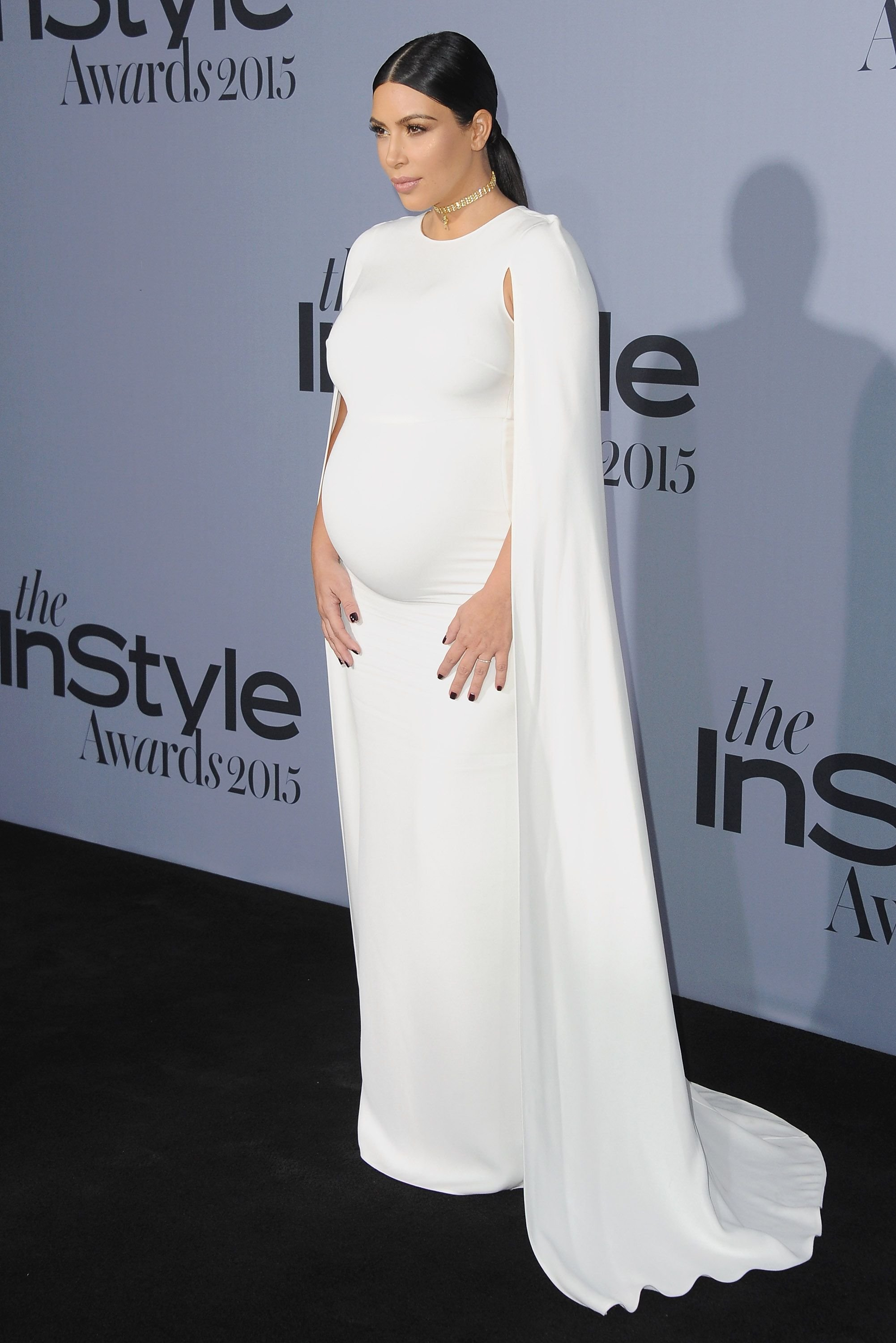 Kim Kardashian poses at the InStyle Awards red carpet in October 2016| Photo: Getty Images