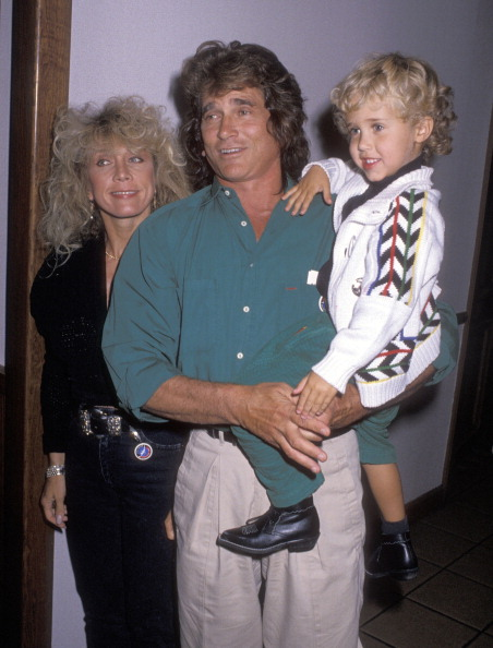 Michael Landon, wife Cindy Landon and son Sean Landon at the Moscow Circus Opening Night Performance on March 14, 1990 at the Great Western Forum in Inglewood | Photo: Getty Images