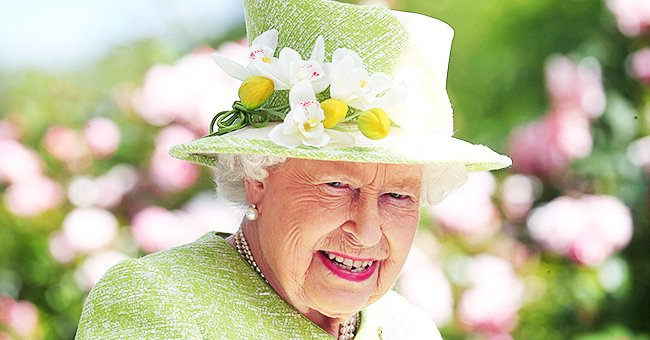 The Queen Will Continue to Reside in Buckingham Palace after Weekend Windsor Visit Amid Coronavirus Threat