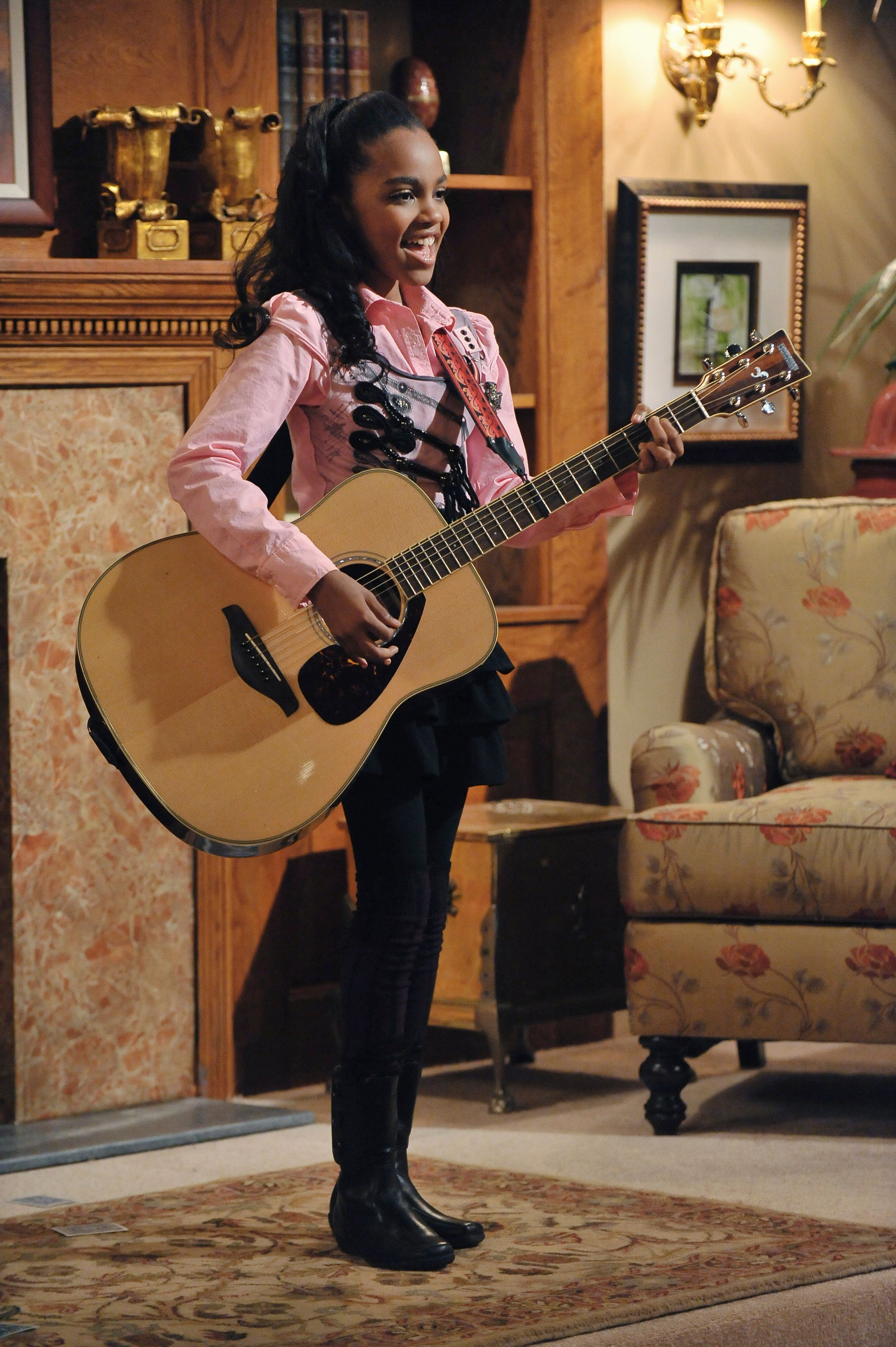 """Pilot of """"A.N.T. Farm"""" starring the young China McClain. 