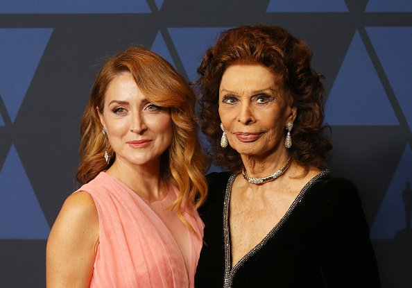 Sasha Alexander and Sophia Loren arrive to the Academy of Motion Picture Arts and Sciences' 11th Annual Governors Awards held at The Ray Dolby Ballroom at Hollywood & Highland Center | Photo: Getty Images
