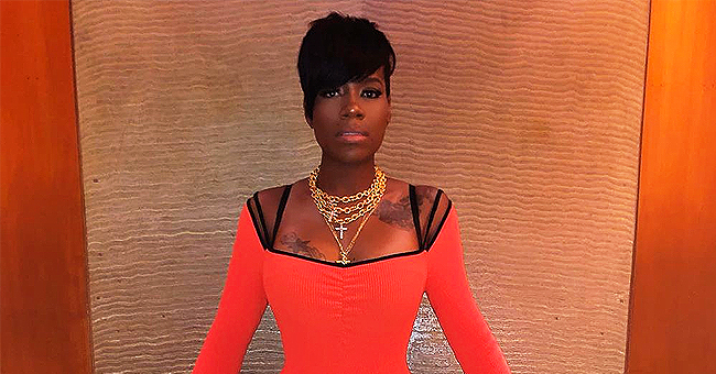 'American Idol' Alum Fantasia Flaunts Hourglass Figure & Tattoos in Skintight Dress in New Pic
