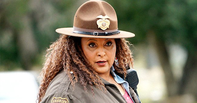 Remember Pam Grier from 'Foxy Brown'? She's Still Gorgeous at 72 & Chooses to Remain Unwed & Childless