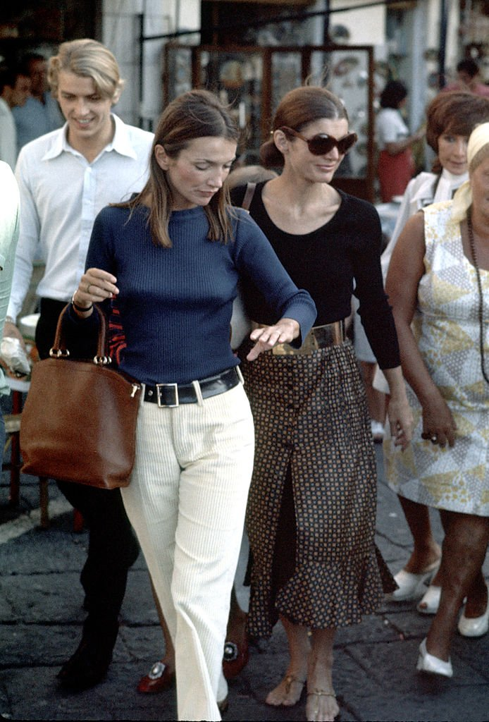 Jackie Kennedy and Family Shopping in Capri - August 24, 1970. | Source: Getty Images