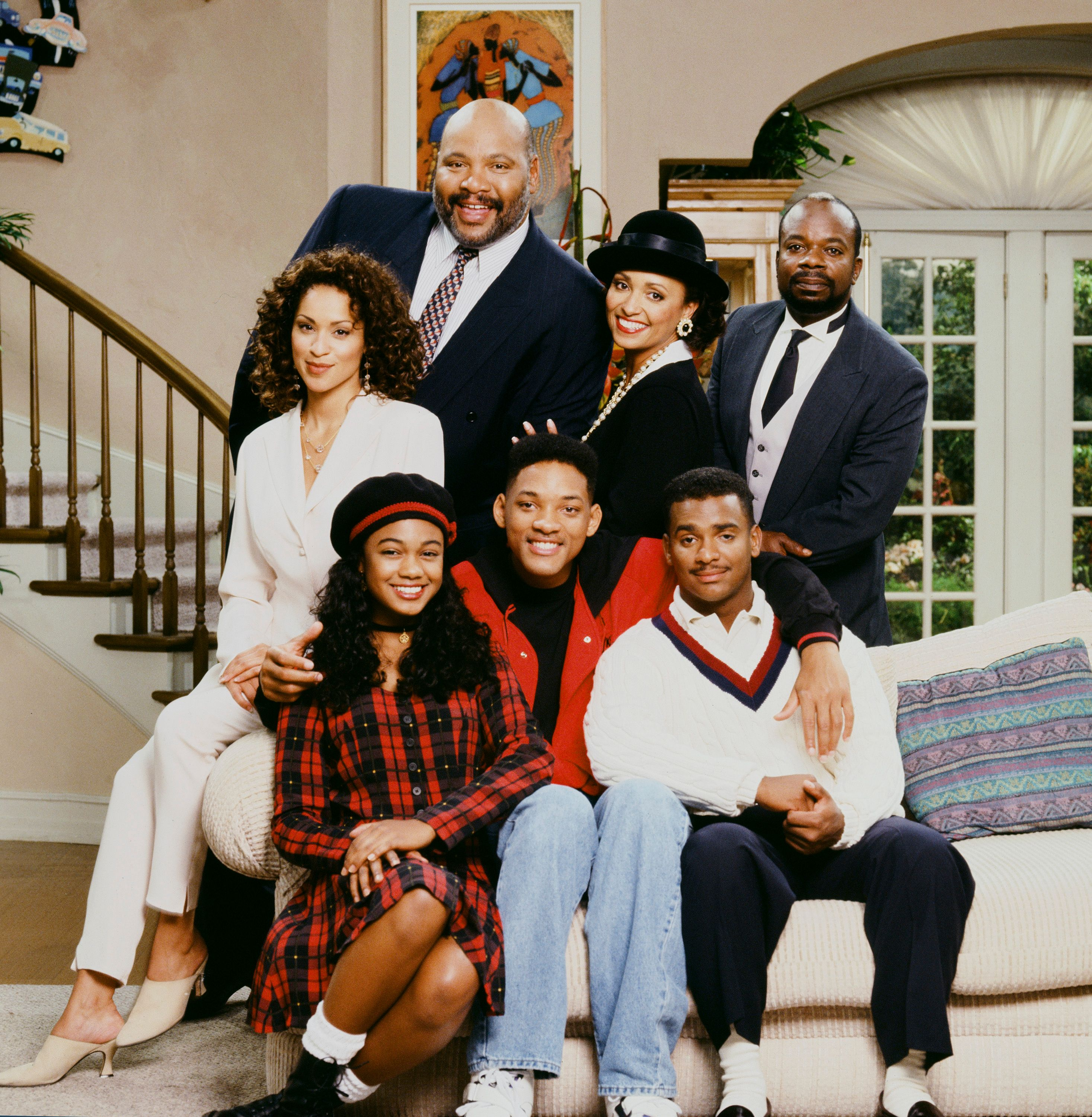 """Karyn Parsons as Hilary Banks, James Avery as Philip Banks, Daphne Reid as Vivian Banks, Joseph Marcell as Geoffrey; Front: Tatyana Ali as Ashley Banks, Will Smith as William 'Will' Smith, Alfonso Ribeiro as Carlton Banks on """"The Fresh Prince of Bel Air"""" Season 4.   Source: Getty Images"""