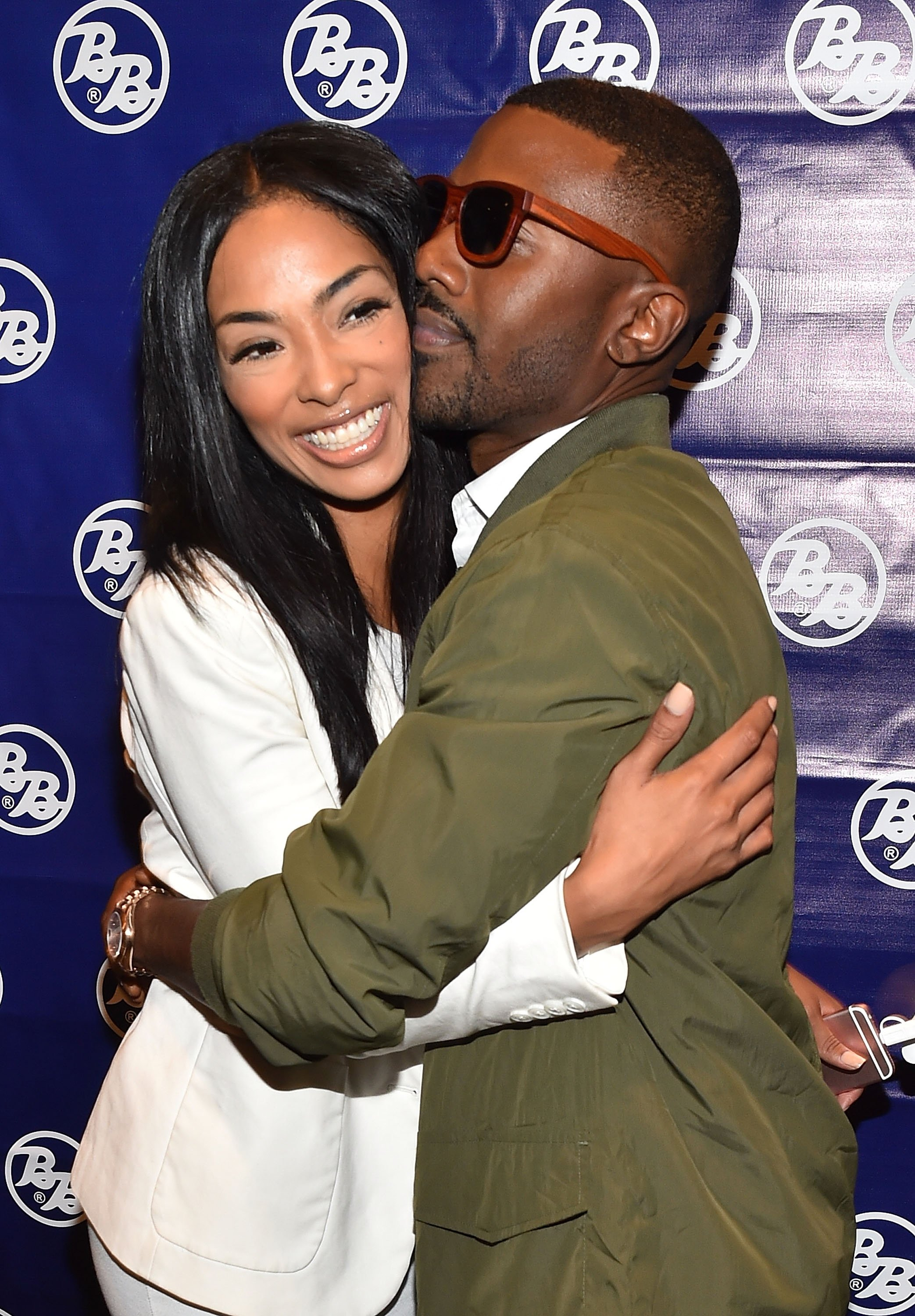 Husband and wife, Princess Love and Ray J hug it out in 2016. | Photo: Getty Images