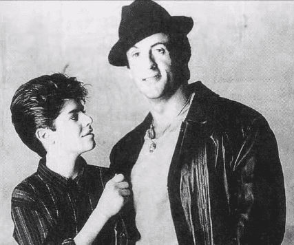 Sage Stallone y su padre Sylvester. |Foto:Youtube/Cookie Kwan