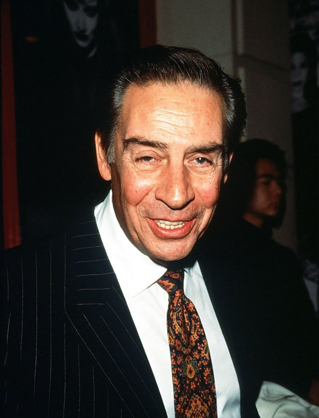 "Actor Jerry Orbach stands at the premiere of the musical ""Chicago"" 