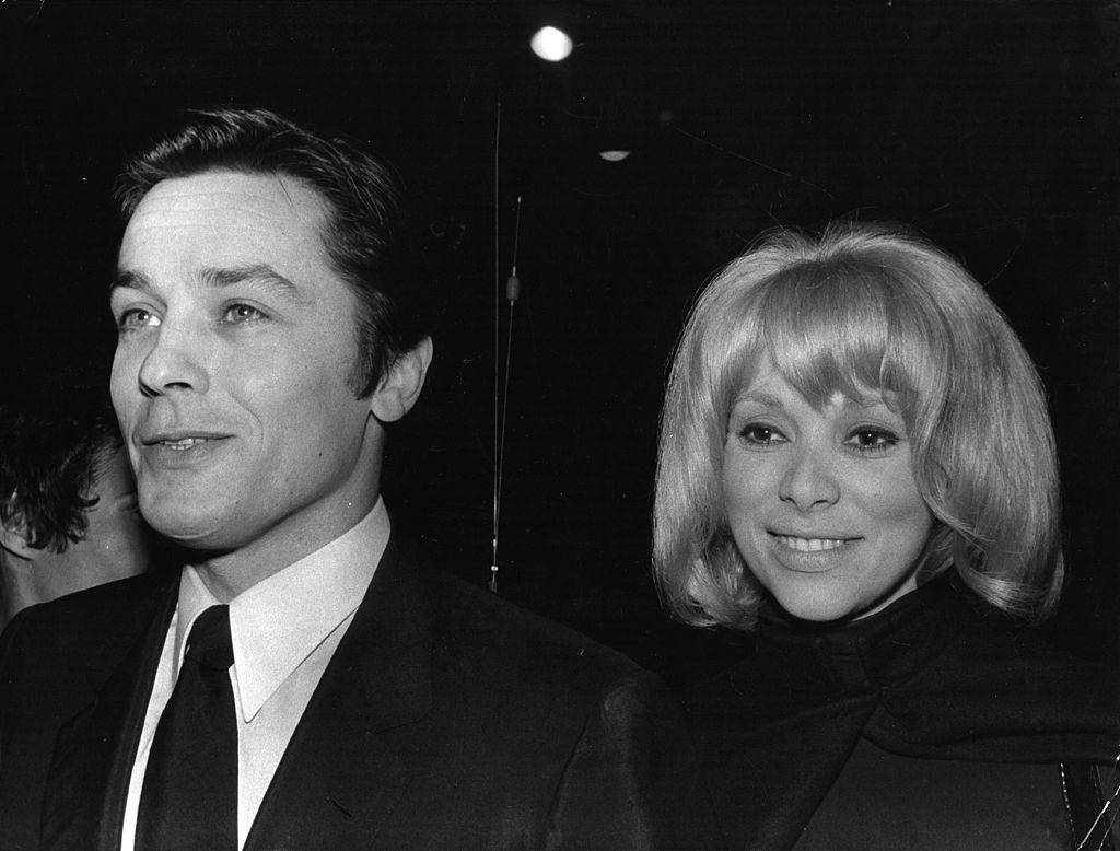 Alain Delon et Mireille Darc. l Source : Getty Images
