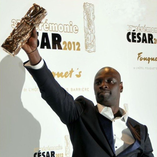 La photo d'Omar Sy à la cérémonie de César 2012 | Source| Wikipedia